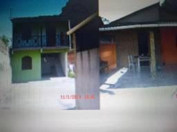 02 casas em Vila Capri Araruama