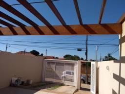 Casas no bairro Sto Antônio próximo a presidente Vargas