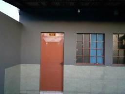 Aluga-se Apartamento no Bairro Mecejana