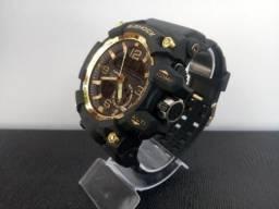 e4162eb49de Relógio casio g-shock mudmaster cor preto com dorado aprova de agua