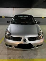 Clio Hatch 1.0 2011
