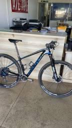Bike tamanho 17 modelo RHYTHM 70 (carbono)