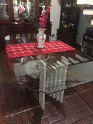 Mesa 8 cadeira e Cristaleira