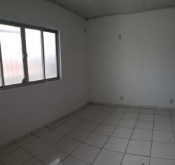 Aluga-se Apartamentos / Próximo ao Centro