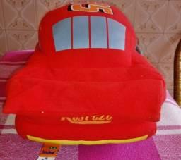 Brinquedo : Carro: McQueen (em pelúcia) original