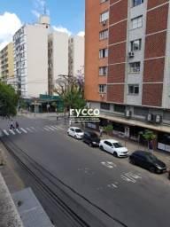 Apartamento 2 dormitório reformado na Cidade baixa em Porto Alegre.