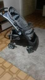 Carrinho de bebê Burigoto em perfeito estado!