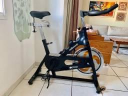 Título do anúncio: Bike Spinning Pro Wellness roda de inércia 19 Kg