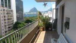 Título do anúncio: Lindo apartamento 2 quartos com varanda - Vista linda para a Lagoa