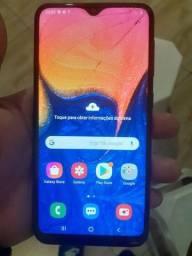 Samsung a10 32gb tela trincada não afeta nada