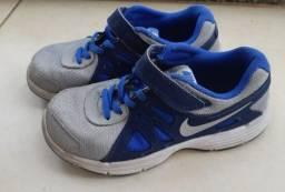 Tenis Nike menino tamanho 31 - Centro SP