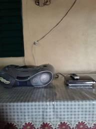 Vendo radio Toshiba aparelho de dvd modelo  cougar 220 volts