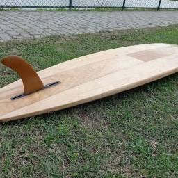 Prancha de surf oca feita de madeira