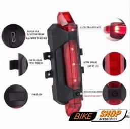 Luz de Segurança para Ciclismo - Recarregável - Traseira com 5 LEDs