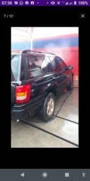 Cherokee 2000