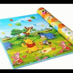 Vendo tapete de atividades pra crianças mercadorias Novo medindo 1,80 cmp.com1,40lgr