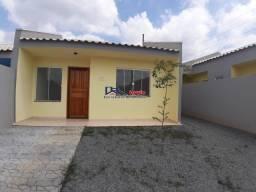 Casa no bairro Estados com excelente espaço de terreno