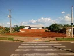 Vendo um terreno em Nova Londrina - PR