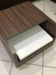 Mesa de cabeceira / rack para vídeo game