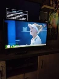 LEIA A DESCRIÇÃO! TELEVISÃO LG 32 POLEGADAS COM PEZINHOS
