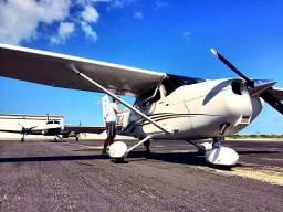 Avião em BH