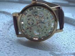 Relógio GMT LUXO