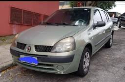 Título do anúncio: Clio Sedan Expression 1.0 gasolina manual  completo  2004 R$ 14.500,00 Aceito Troca !!