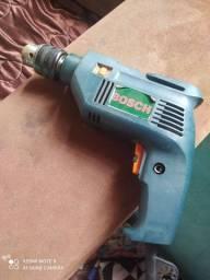 Furadeira Bosch 180 reais