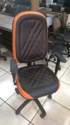 Cadeiras Gamer Nova - Espuma Injetada - Giratoria - Braços Regulavel Home Office