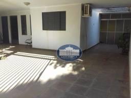 Casa residencial à venda, Conjunto Habitacional Nossa Senhora Aparecida, Araçatuba.