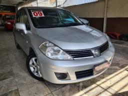 Nissan Tiida 1.8 S Flex 5p