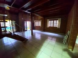 Casa térrea com 3 Quartos e 130m² + Ponto Comercial 60m² - Chácara do Visconde-Taubaté/SP