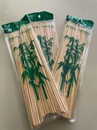 Título do anúncio: Espetos de bambu com 50 unid.