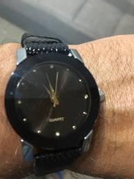 Relógio novo importado preto unissex