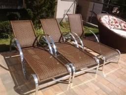 Cadeira espreguiçadeira em fibra sintética e alumínio