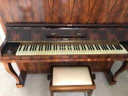 Piano Alemão J. Hoelzl
