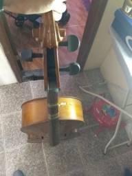 Cello Mavis