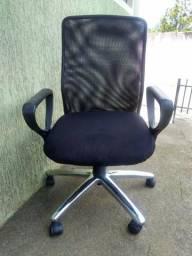 Cadeiras usadas em bom estado à partir de R$
