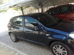Vendo/Troco Sandero 2010 - 1.6 8V - R$ 17.000,00 - 2010