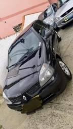 Clio 2004 1.0 completo - 2004