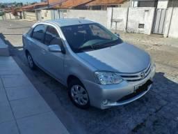 Etios Sedan 1.5 XS 2013 - 2013