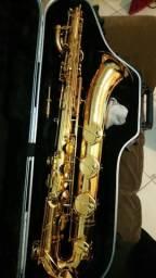 Sax barítono Yamaha 62 II