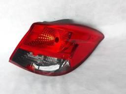 Lanterna traseira GM Onix Fumê lado direito 2013/2014 2015/2016 original