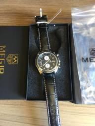 15829ebbb4c Relógio Megir Pulseira de couro preto Novo Original (aceito cartão)