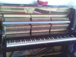 Afinação,lubrificação , reposição de cordas e bordões em todos os tipos e marcas de pianos
