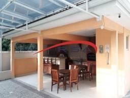 Excelente casa em condomínio fechado na Pau Ferro com: