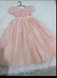 Vestido semi novo estilo princesa