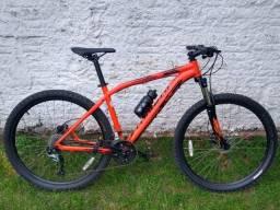 """Bicicleta mtb specialized pitch 27.5"""" tamanho L"""
