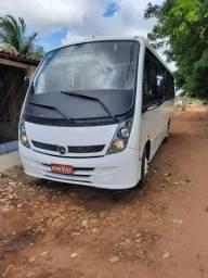 Micro ônibus/ semi nova