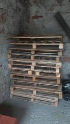 Paletes de madeira 1.00 x 1.20  10 R$ Unidade